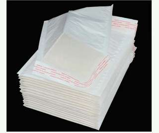 13 pcs for $4 Padded Bubble Wrap Water Resistant Envelope