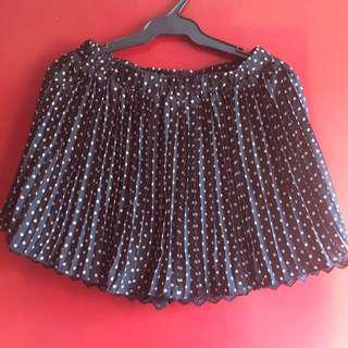 F21 Polka Dotted Pleated Skirt