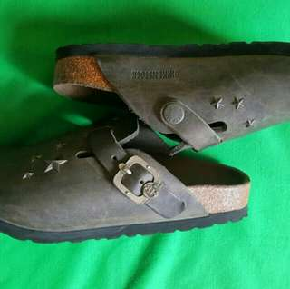 Aunthentic Birkenstocks Clog Size 31