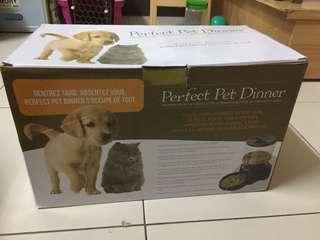 🚚 寵物自動餵食機