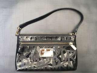 Michael Kors Wristlet pouch