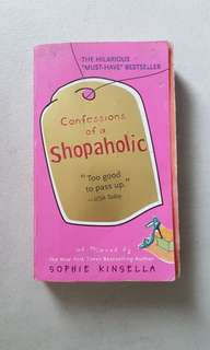 Confessions of a Shopaholic by Sophie Kinsela