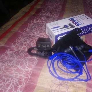 Sony UCH12 . Sony MDR XB50AP