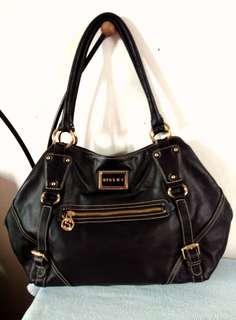 Sisley Shoulder Bag