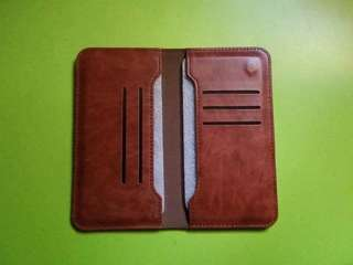 Wallet and pouch. Brand new and preowned