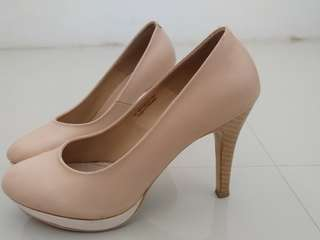 Peach HighHeels 👍