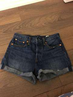 Levi's Wedgie High Waist Jean Shorts Size 27