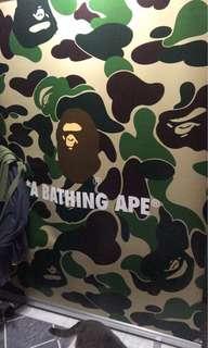 A Bathing Ape 特別超大易拉架