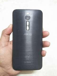 """ASUS Zenfone 2 5.5"""" 4GB RAM"""