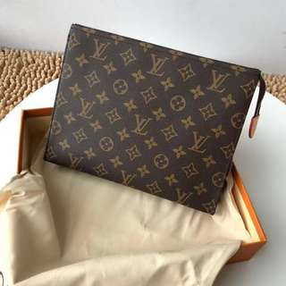 Louis Vuitton Clutch / Sanitary Hand Carry Bag (Just look at the price without looking at quality.Please bypass,Tq)