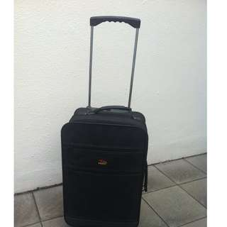 Veno 24 inches cabin luggage. In good condition.  Dimension 60 x 20 x 35cm.