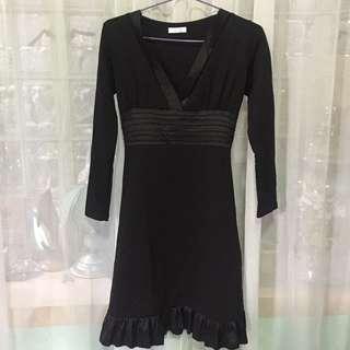 Black Longsleeve Dress (Small to Medium)