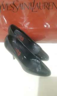 Authentic Michael Kors Black Stilleto Heels sz 6
