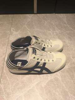 Brand new authentic onitsuka tiger canvas