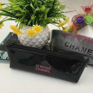 Chanel Le Rouge Glossy Long Pouch Black
