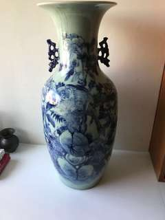 Antique/vintage Ceramic vase for display ( Big size )