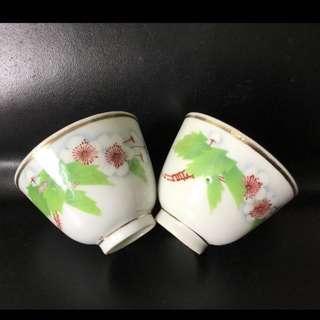 聽雨樓:#MSH-0015:【民國】民國景華斋刷花春雨梨大花茶杯一對 (微瑕)