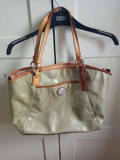 Coach bag B1357...90% new still in good condition