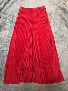 LONG KULOT PLISKET RED