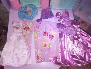 Barbie doll clothes set