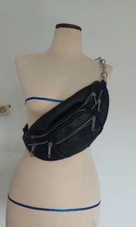 Waistbag like berskha