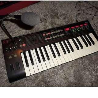 Korg Radias R3 Vintage Synthesizer