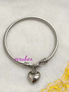 New Arrival Bangle with Heart Charm