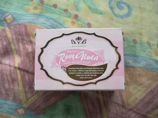 Beaublends Rosy Gluta w/ Rosehip Soap 130g