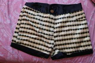 Short pants gold and black