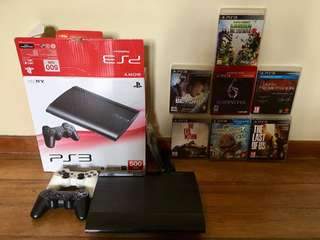 Play Station 3 / 500GB / 2 Controllers / 7 Games / HDMI cable