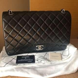 Chanel Classic Maxi
