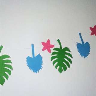 Tropical garland