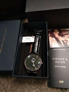 Daniel Wellington Classic Reading
