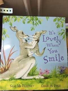 繪本it's lovely when you smile
