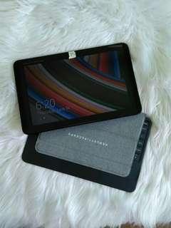 HP Pavillion x2 Detachable PC 10