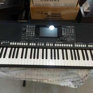 Keyboard Yamaha PSR-S775+Adaptor Cicilan 0%