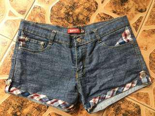 Harvard Shorts