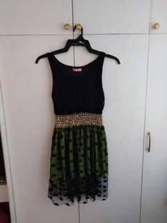 Black and green dress S - M