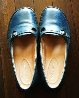 Pre Loved Authentic Naturalizer Women's shoes