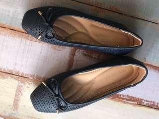 Preloved Sepatu Wanita Carol Brenner