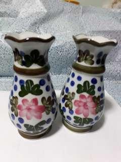 Vintage Twin Flower  Vases 16cm