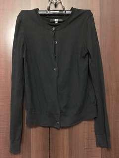 Black uniqlo cardigan