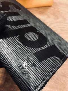 🚚 LV X Supreme Louis Vuitton