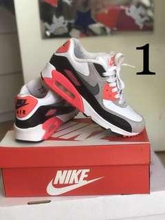 Nike Air Max 90 Infrareds