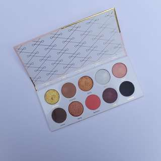 Golden Eyes Luxcrime Ultra Pallete