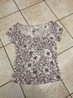 Out from under size small floral top
