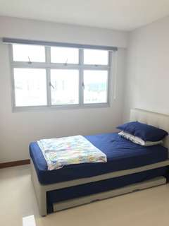 Room for rent $650 at 293 Bukit Batok St 21