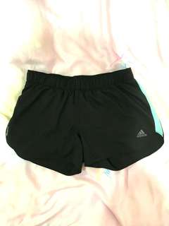 🚚 Adidas高衝擊運動短褲