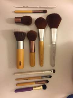 11 brushes - freshly washed and barely used! FREE SHIPPING!