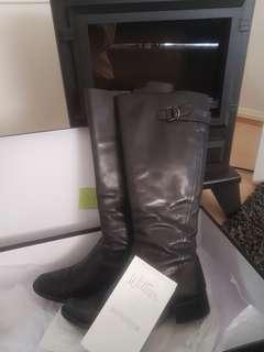 Sz 6 Wittner boots